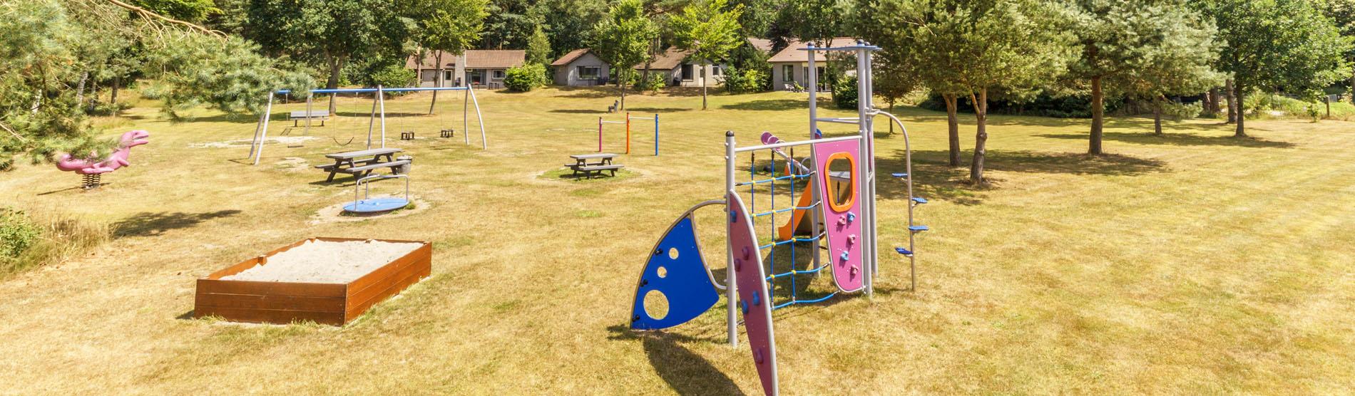 De-Rietberg-bungalowpark-speelveld